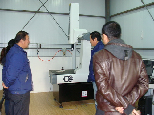 askoll customer visit our testing room CMM